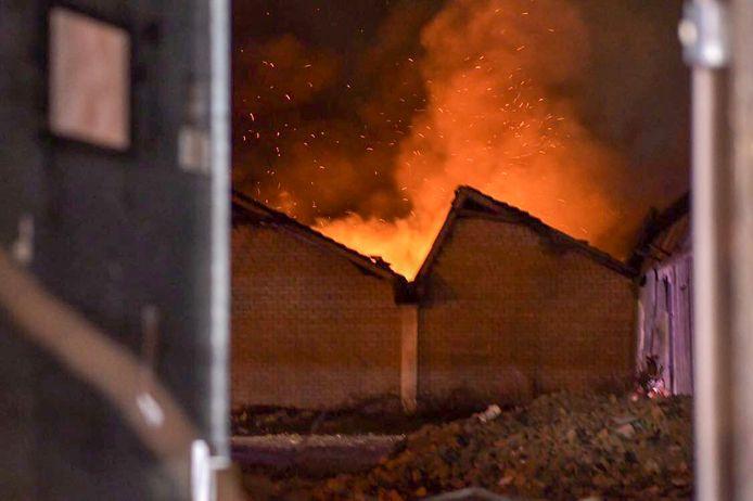 Brand in oude Tweka-fabriek in Geldrop