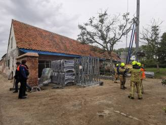 Kortsluiting in elektriciteitskast tijdens renovatiewerken aan hoeve