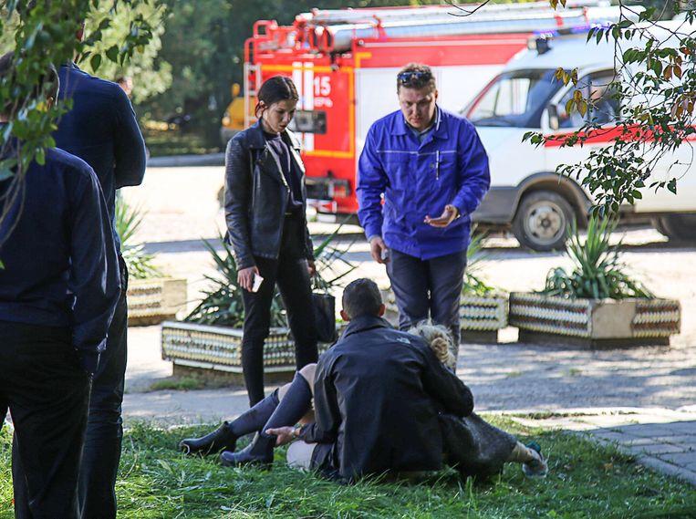 Zeker zeventien doden en veertig gewonden bij aanslag op school op de Krim