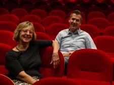 Juniorkamer helpt theater De Storm aan 609 nieuwe stoelen