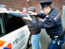 Justitie hijgt vuurwapengevaarlijke criminelen half jaar lang in de nek