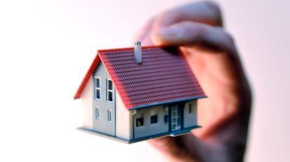 """De woningmarkt gaat door het dak en de wet van de sterkste heerst: """"Ik heb dit nog nooit meegemaakt"""""""