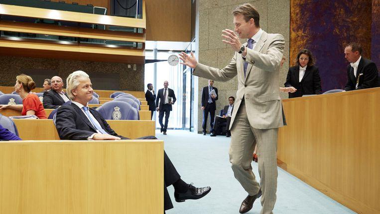 VVD'er Zijlstra maakt een dolletje met PVV-leider Wilders Beeld ANP