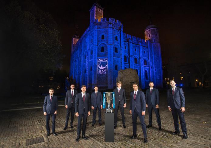 Van links naar rechts: David Goffin, Marin Cilic, Roger Federer, Dominic Thiem, Alexander Zverev, Rafael Nadal, Grigor Dimitrov en Jack Sock.