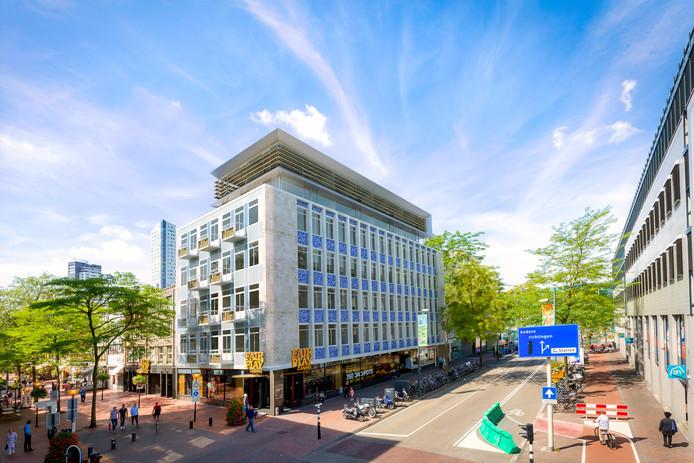 Een artist's impression van het verbouwde pand op de hoek Vestdijk-Nieuwstraat. De opbouw is nieuw, de rest wordt verbouwd. Illustratie: Architect Toon van Aken