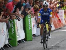 Alaphilippe vlucht, sprint en wint in Dauphiné