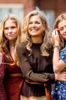 Máxima droeg rood-wit-blauwe iXXXi-ring van bedrijf uit Dongen tijdens fotosessie: 'Prachtige publiciteit'