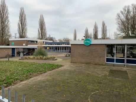 Plannen voor 50 meter hoge woontoren op plek oude school in Wielwijk
