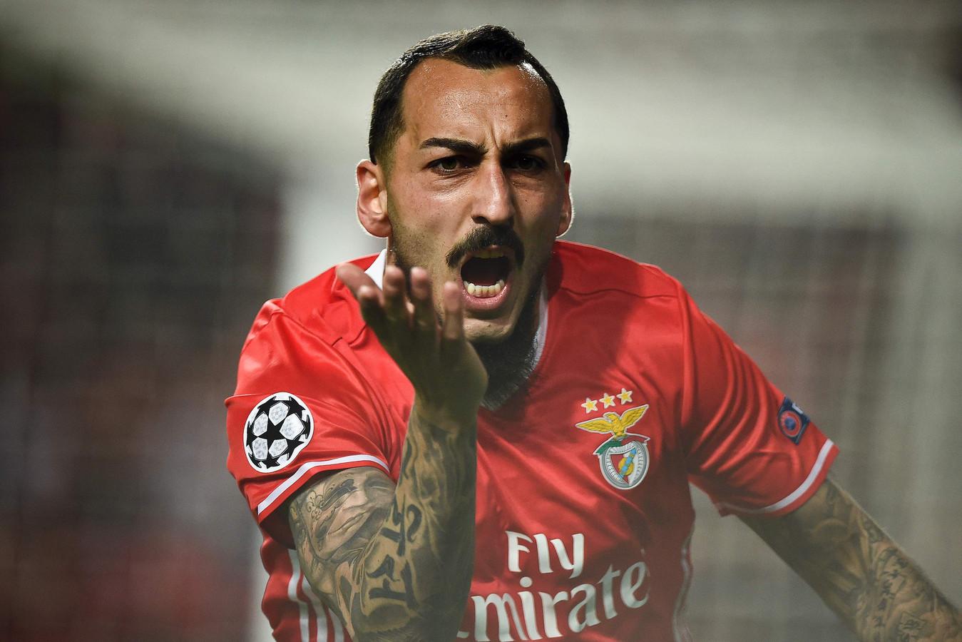 Konstantinos Mitroglou in het shirt van Benfica.