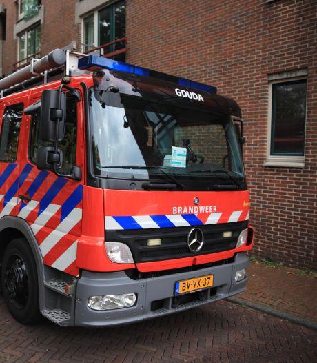 Brandweer blust brand in Gouda