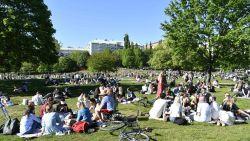 """Aantal nieuwe besmettingen stijgt nog feller in Zweden: """"Onrustwekkende evolutie"""""""
