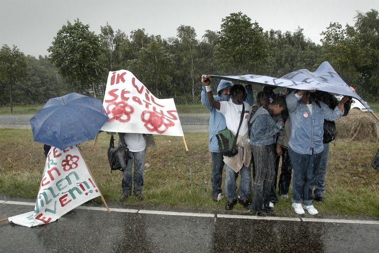 Uitgeprocedeerde asielzoekers. Beeld Joost van den Broek / de Volkskrant