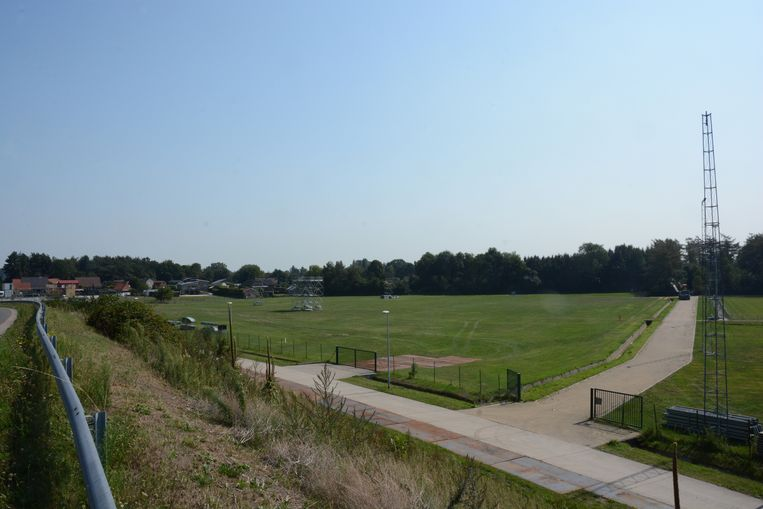 Naast de sportvelden ligt het feestplein waar elk jaar het festival Crammerock plaats vindt.