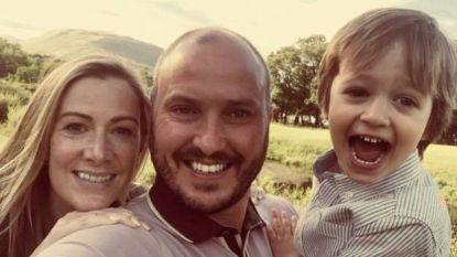 """""""We staan er nu alleen voor, maar we redden het wel"""": vader onthult hoe zoontje (3) hem troostte nadat moeder (40) in enkele dagen geveld werd door kanker"""