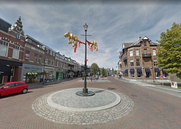 De Wilhelminastraat op een foto uit 2017. Vorig jaar is een deel van de straat opnieuw ingericht, terwijl een andere deel momenteel wordt aangepakt.