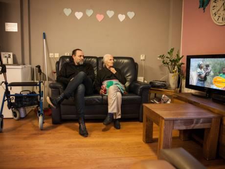 Familie: Helft demente bewoners van één afdeling in De Leeuwenhoek overleden bij uitbraak corona