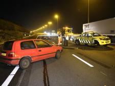 Hulpvoertuig Rijkswaterstaat geramd bij hulp ongeluk op A4