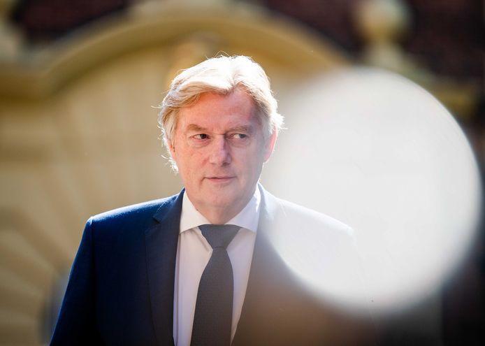 Minister Martin van Rijn voor Medische Zorg
