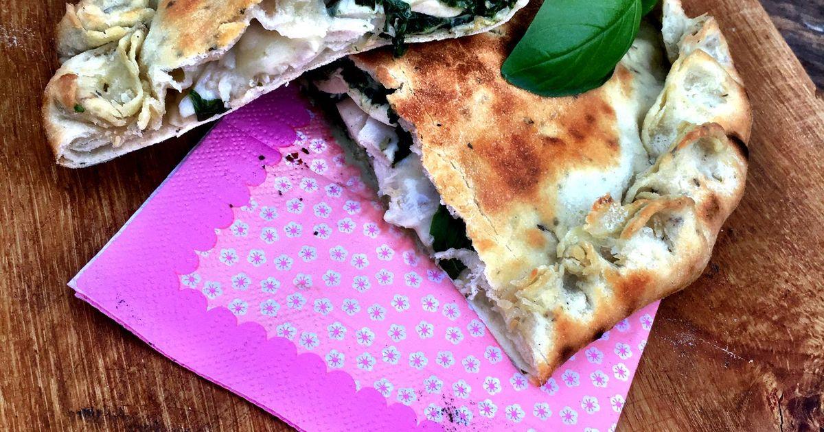 Sofie In De Keuken Van Pizza Calzone Met Spinazie En Kip Story