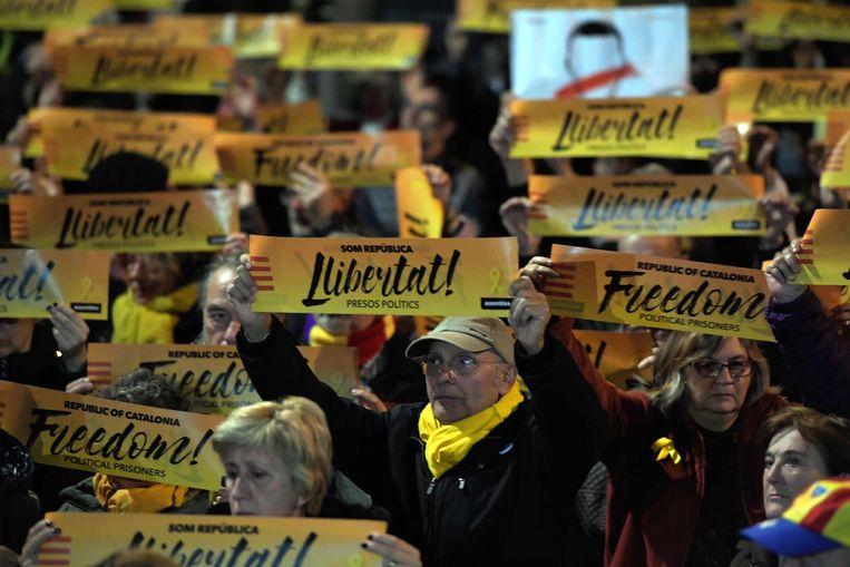 Protest tegen de opsluiting van de Catalaanse politici.