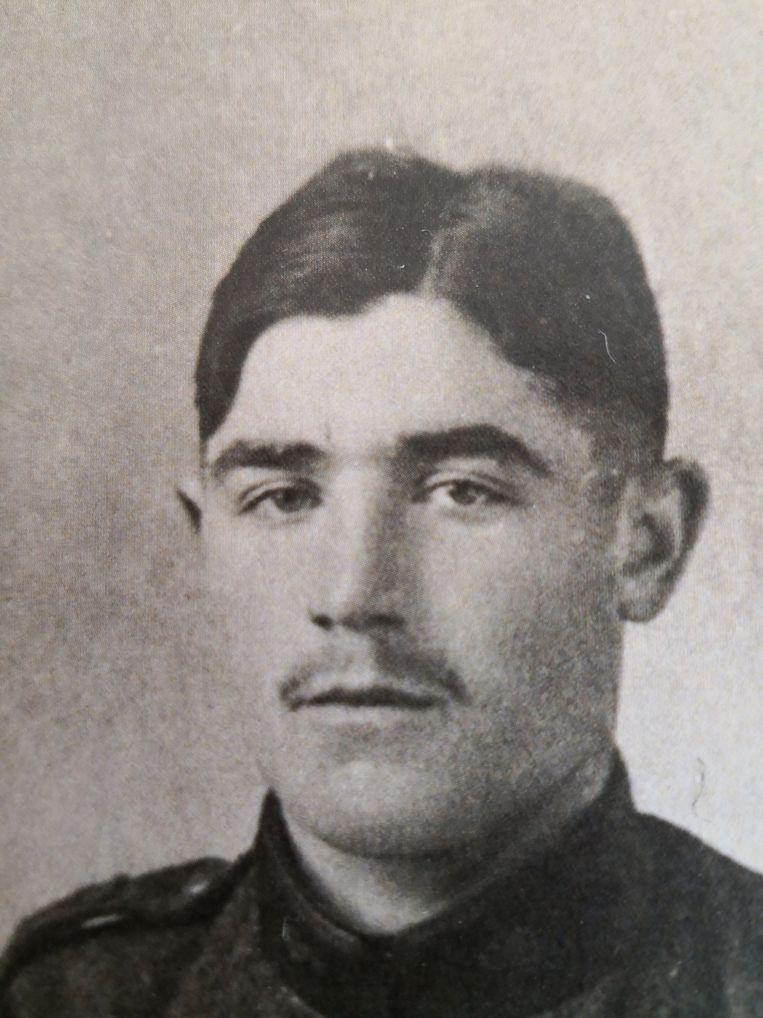 Romain Slembrouck overleed in september 1918 en kreeg tijdens de herdenking een gedenkkruis op het kerkhof in Merkem.