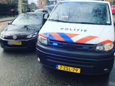 Politie haalt gestolen auto van de weg na kentekenherkenning, bestuurder aangehouden