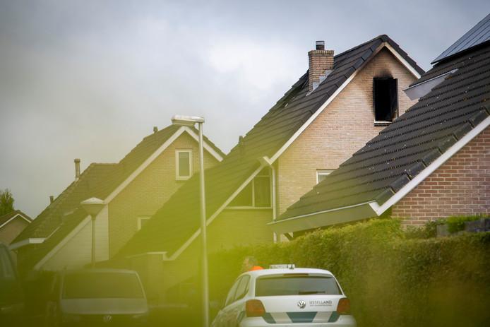 Bij de brand op 14 juli in Nieuwleusen kwam de 22-jarige oudste zoon des huizes om het leven.
