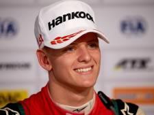 'Mick Schumacher maakt volgende week F1-debuut bij Alfa Romeo'