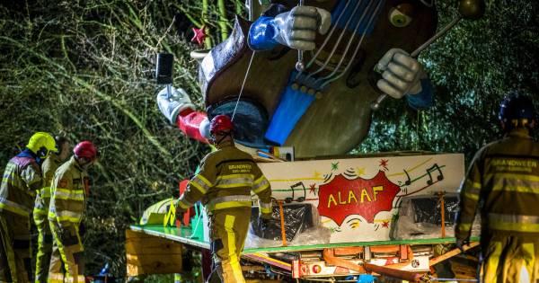 Carnavalsvierders in shock na dodelijk ongeluk met optochtwagen in Meerssen.