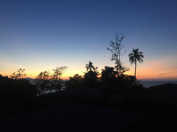 Zonsondergang vanuit hotel Cape Kudu