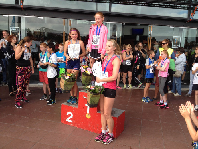 Het podium bij de dames op de 1,8 kilometer.