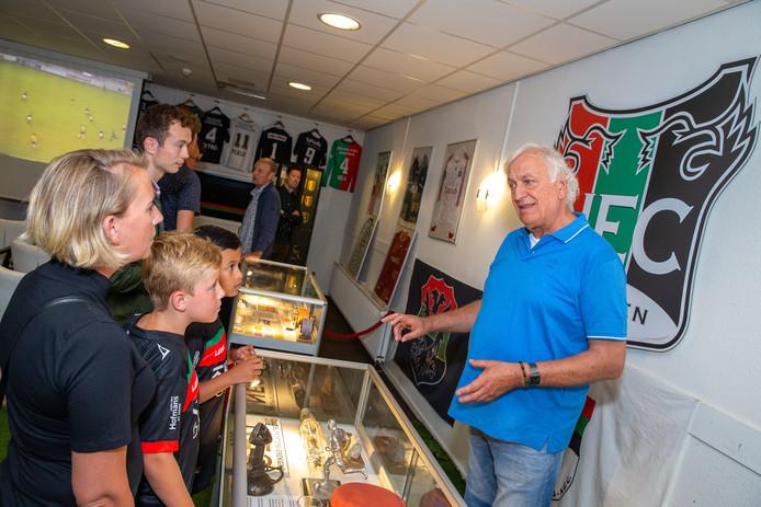 Een museum over NEC in de bestuurskamer van de Nijmeegse voetbalclub. Dit ter gelegenheid van de open dag die vandaag gehouden werd.