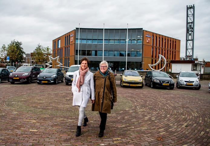Ellen Looijs en Ernie van Dongen organiseren evenement - Het draait allemaal om een Samenloop van de Hoop waar zo'n 1000 mensen aan moeten gaan meedoen ten bate van KWF Kankerbestrijding. Een wandeltocht in estafettevorm die 24 uur duurt, met onderweg allerlei evenementen.