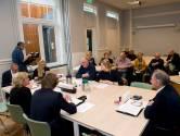Een college smeden voor vijftien toeschouwers in Tiel