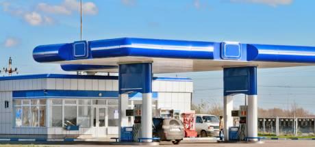 Is tanken langs de snelwegen ook in het buitenland duurder?