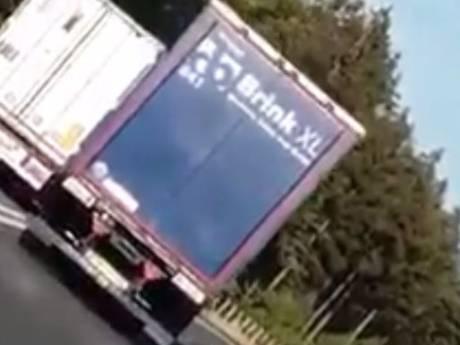 Bizarre inhaalactie vrachtwagen op N36 wekt woede weggebruikers