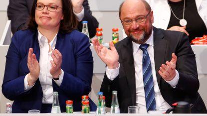 Duitse sociaaldemocraten maken weg vrij voor coalitieonderhandelingen met Merkel