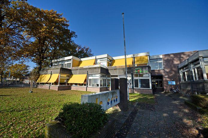 In het nieuwe IHP is ook een gezamenlijke nieuwbouw voor basisschool De Esch en De Linde (locatie De Essen) opgenomen en niet langer een revitalisatie.