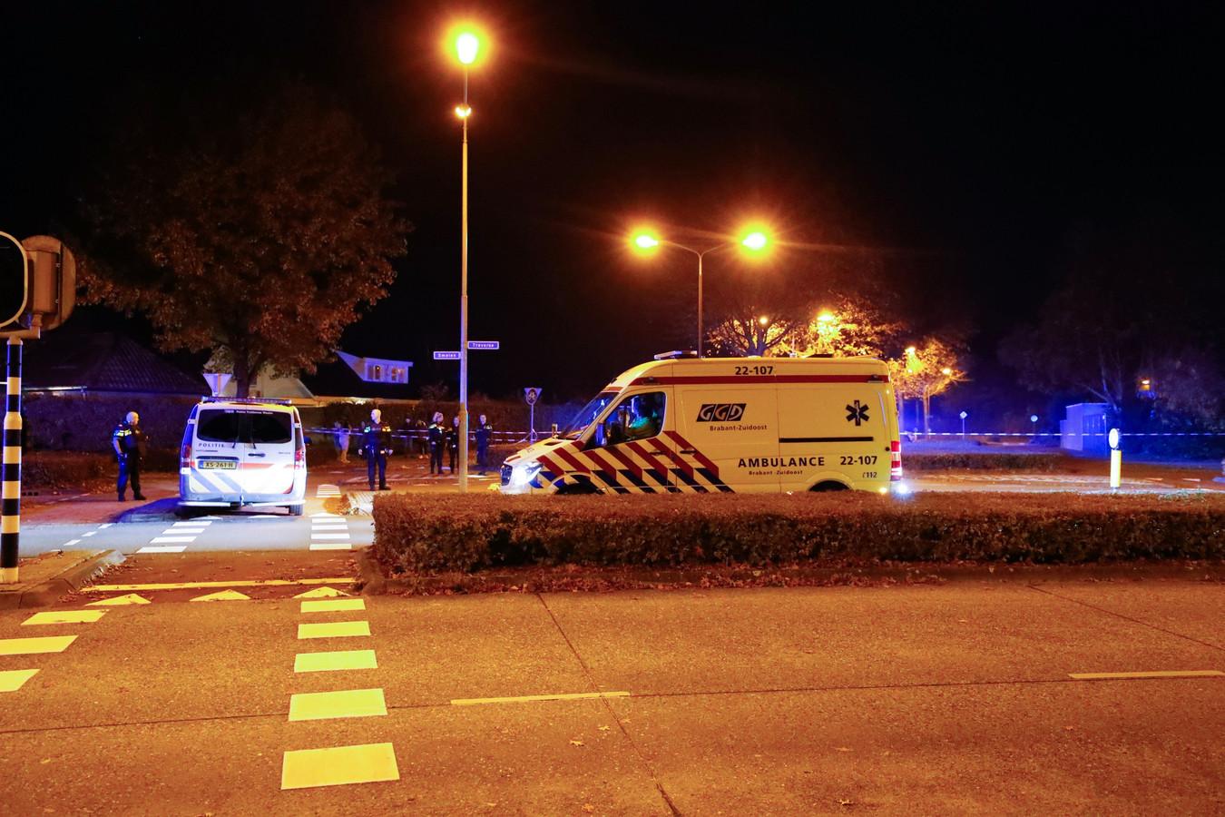 Hulpdiensten na de schietpartij in Veldhoven.