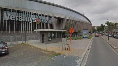 Even opschudding in Versluys Arena door brandje aan generator van stadionverlichting