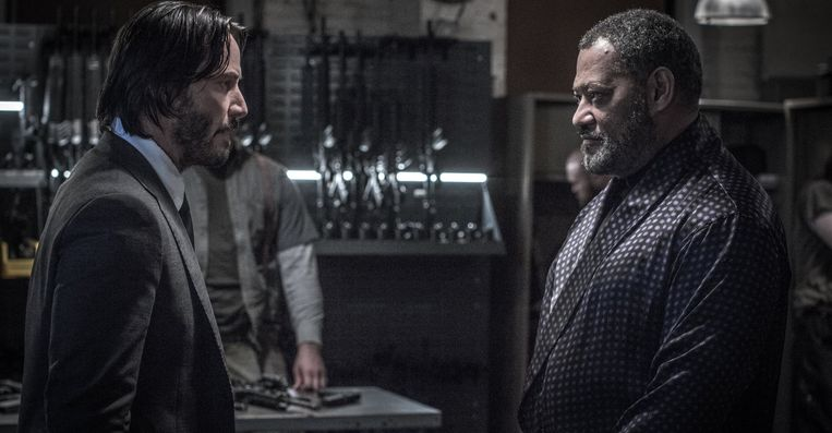 Keanu Reeves en Laurence Fishburne in 'John Wick: Chapter 2' van Chad Stahelski. Beeld