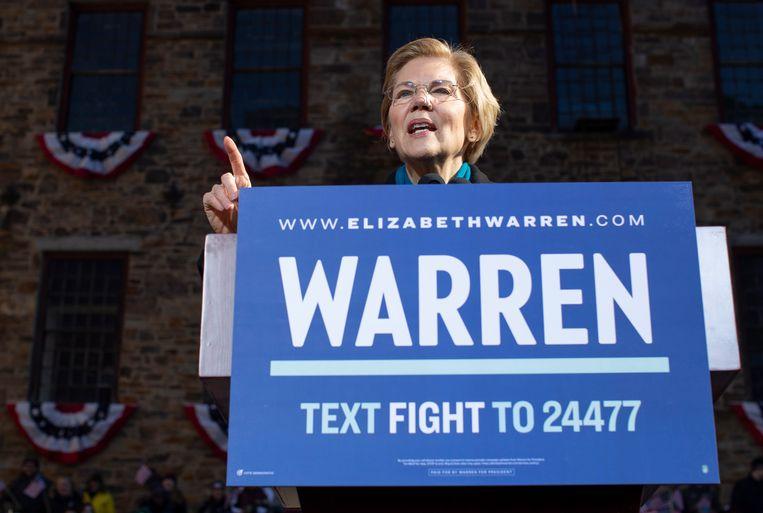 Democratisch senator Elizabeth Warren stelde zich dit weekend formeel kandidaat voor het presidentschap.  Beeld EPA