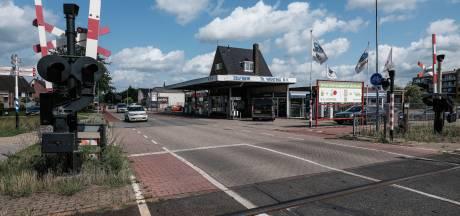 Protest tegen verhuizing tankstation Wenting in Doetinchem