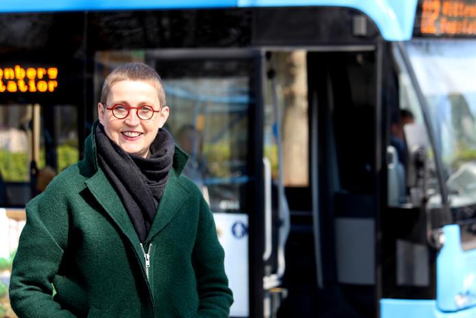 Ingrid Slaa, fractievoorzitter van ChristenUnie, roept het college van Nunspeet op alles in het werk te stellen de buslijnen voor Elspeet en Vierhouten te behouden.