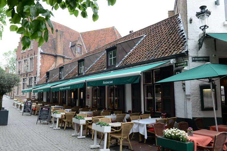 H.T.K. is onder meer de man achter het Brugse restaurant Maximiliaan van Oostenrijk.