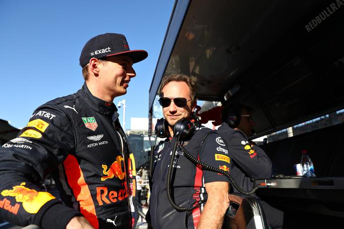 Max Verstappen met Christian Horner.