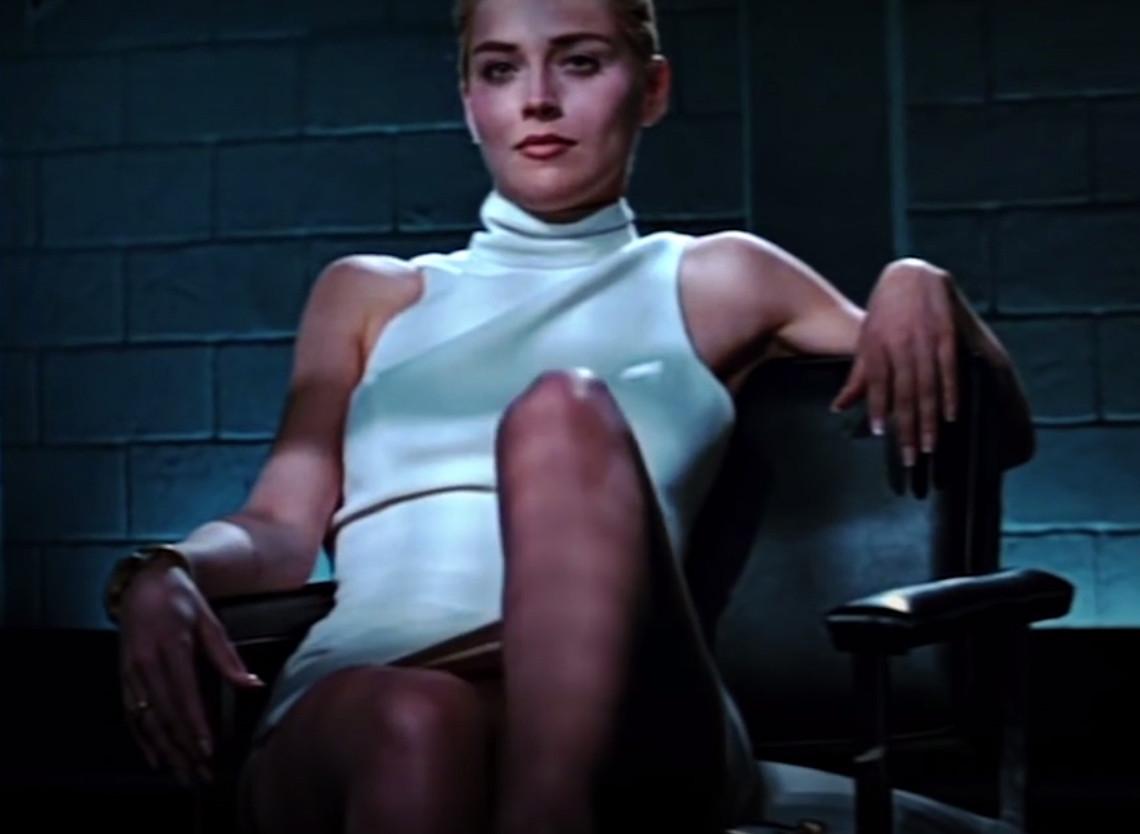 Телки порно посмотреть знаменитую сцену из фильма основной инстинкт секс столе