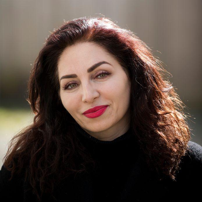 """Nazmiye Oral zit zondag in 'Zomergasten'. ,,Ik voel dat ik er nu klaar voor ben."""""""