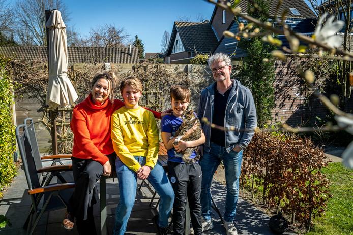 Anouk de Graaf en haar gezin.