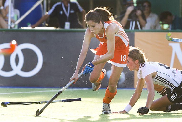 Naomi van As is een van de hockeyers die Amsterdam vertegenwoordigt op de Olympische Spelen. Beeld ANP